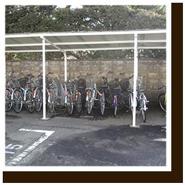 自転車置き場風景